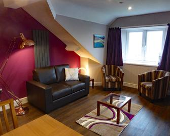 Bryn Melyn Apartments - Barmouth - Living room