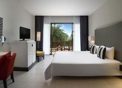 The Tide Resort - Bang Saen - Bedroom