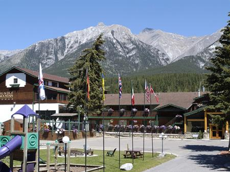 Rundle Mountain Lodge - Canmore