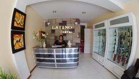 Hostal Latino - Nazca - Front desk