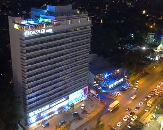 Dazzler by Wyndham Asuncion - Asuncion - Building