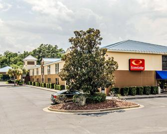 Econo Lodge Darien - Darien - Building