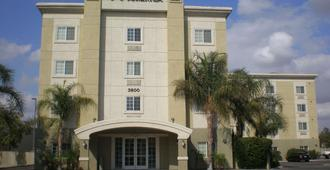 Extended Stay America - Bakersfield - Chester Lane - Bakersfield - Building