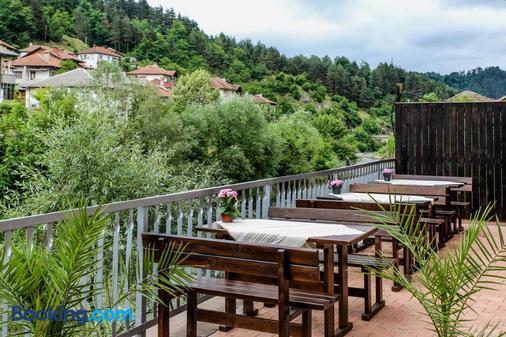 Guest House Byalata Kashta - Zlatograd - Balcony