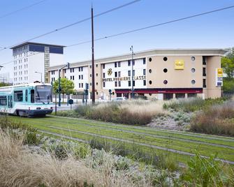 Première Classe Paris Ouest - Gennevilliers Barbanniers - Gennevilliers - Building
