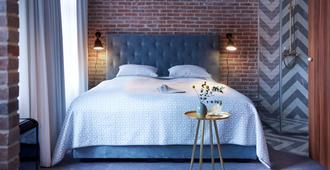 Five Rooms - Leer - Habitación