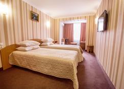 Bukovyna Hotel - Tjernivtsi - Sovrum