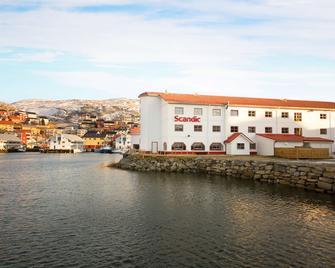 Scandic Bryggen - Honningsvåg - Building