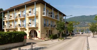 The Originals City, Hôtel L'iroko, Aix-Les-Bains Grand Port (Inter-Hotel) - Aix-les-Bains - Building