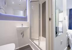 Destiny Student - Holyrood (Brae House) - Edinburgh - Bathroom