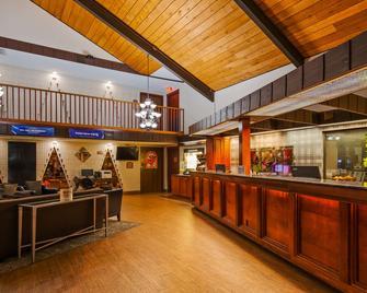 SureStay Plus Hotel by Best Western Black River Falls - Black River Falls - Salónek