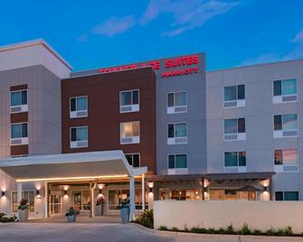 TownePlace Suites by Marriott Lake Charles - Lake Charles - Building