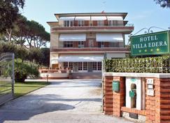 Hotel Villa Edera - Pietrasanta - Building