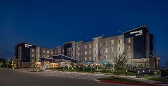 Residence Inn by Marriott Dallas at The Canyon - Dallas - Edificio
