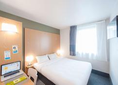 B&B Hotel Clermont Ferrand Nord Riom - Riom - Schlafzimmer