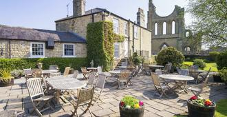 Byland Abbey Inn - Thirsk - Patio