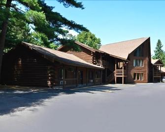 Centerstone Resort Lake-Aire - Tomahawk - Building