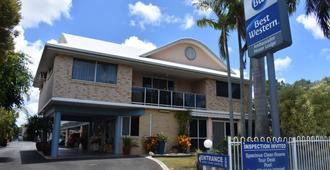 Best Western Ambassador Motor Lodge - Hervey Bay - Building