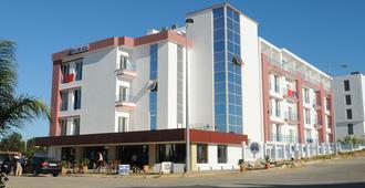 Free Zone Hotel - Tanger - Gebäude
