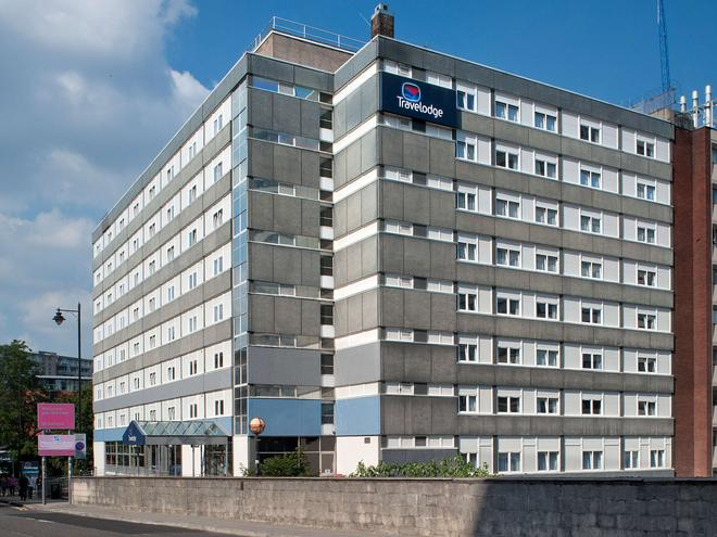 Travelodge Manchester Central - Mánchester - Edificio