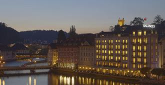 Hotel Des Balances - Lucerne - Building