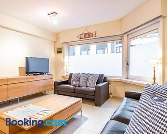 Centrally located apartment in Knokke - Knokke-Heist - Living room