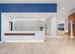 Residence Inn Stamford Downtown - Stamford - Front desk