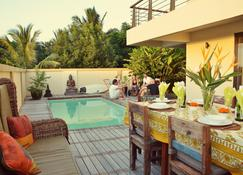 Happy Days Guest House - Le Morne - Piscine