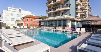 Hotel Adlon - Jesolo - Pool