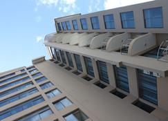 MIC Hotel - Dar es Salaam - Edificio