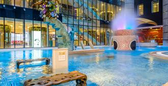 Tallink Spa and Conference Hotel - Tallinn - Pool