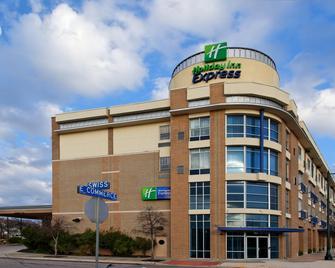 Holiday Inn Express & Suites San Antonio Rivercenter Area - San Antonio - Building