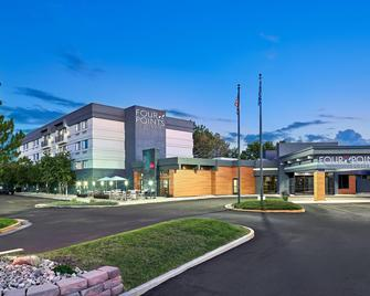 Four Points by Sheraton Salt Lake City Airport - Salt Lake City - Building
