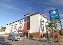 Comfort Inn Real San Miguel - San Miguel - Edificio
