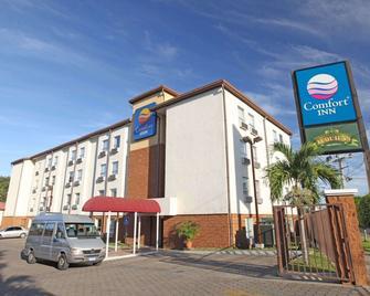 Comfort Inn Real San Miguel - San Miguel - Building