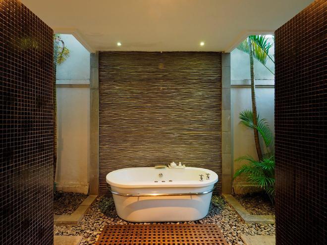 The Amala - Kuta - Bathroom