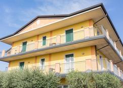 Hotel Confine - Lazise - Edificio