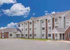 Microtel Inn & Suites by Wyndham Appleton - Appleton - Building
