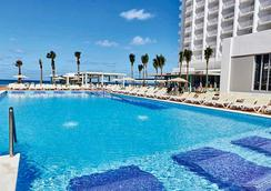 Riu Palace Paradise Island - Adults Only - Nassau - Pool
