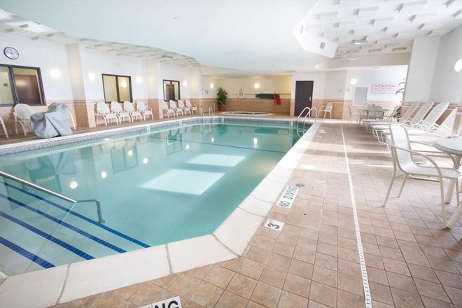 底特律特洛伊德魯里套房酒店 - 特洛伊 - 特洛伊 - 游泳池
