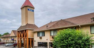 Rodeway Inn & Suites WI Madison-Northeast - Madison