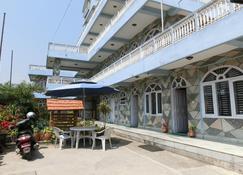 Hotel Rockland - Pokhara - Innenhof