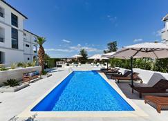 Mediterraneo Garden Apartments - Petrčane - Pool