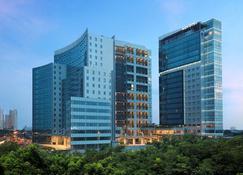 Novotel Samator Surabaya Timur - Surabaya - Building