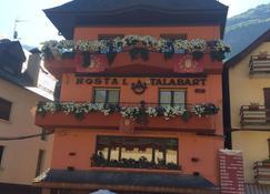 Hotel Talabart - Les - Building