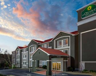 La Quinta Inn & Suites by Wyndham Atlanta South - Newnan - Newnan - Building