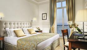 Royal Hotel San Remo - Sanremo - Camera da letto