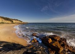 Quest Cheltenham - Cheltenham - Playa