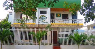 Kayak Club And Hostel Beach Lovers - Santa Marta