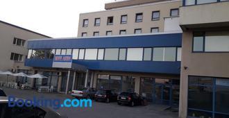 Hotel Astra - София